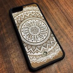 Our brand new Mandala cell phone case for iPhone and Samsung SHIPS FREE to Canada and USA.  SHOP NOW at www.KeywayDesigns.com (Link in bio) #iPhone #Samsung #iphonography #WoodenPhoneCase #WoodCase #Walnut #Mandala #MadeInCanada #Toronto #Keyway #KeywayDesigns