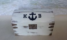 The Nautical Card Box makes the perfect card box and decoration for any wedding, shower or other special ocassion. The top of the box is decorated