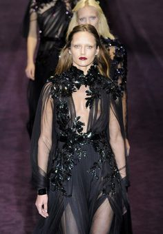 neo-gothic/gothic fairytale trend. black dresses with lots of lace/details.