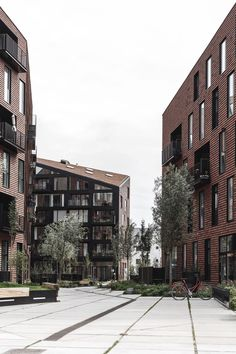 Krøyers Plads is a significant location in the centre of the Copenhagen harbor area. The design is based on a hyper-democratic and contextual approach, consisting of 3 five-story housing units, naturally continuing the historic warehouse structure along the harbour. Folded roofs and...