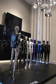 Showroom Auetal, Germany | Contact: GenesisDisplay Head Office, Altes Feld 17, 31749 Auetal | GENESIS MANNEQUINS | Manufacturer of Mannequins