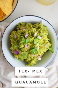 Guacamole Recipe Easy, How To Make Guacamole, Homemade Guacamole, Best Appetizer Recipes, Quick Appetizers, Whole Food Recipes, Healthy Recipes, Healthy Meals, Delicious Recipes