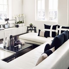 Discover the perfect Living Room with