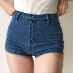 Sexy Shorts, Sexy Jeans, Denim Shorts Outfit, Short Outfits, Cute Outfits, Jeans For Short Women, Short Jeans, Short Shorts, Elegantes Outfit
