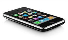 iphone 3gs. Em 2009, a Apple partiu para o 3GS e duplicou a capacidade de armazenamento do dispositivo para 32GB. Introduziu outras melhorias, ao nível da performance e da velocidade, mas também no que se refere à autonomia. Na conectividade móvel introduziu suporte para HSDPA a 7,2 Mbps.