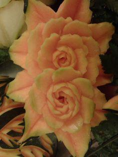rosas talladas