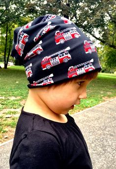 Tűzoltós sapka  (szamoca) - Meska.hu Hats, Fashion, Moda, Hat, Fashion Styles, Fashion Illustrations, Hipster Hat