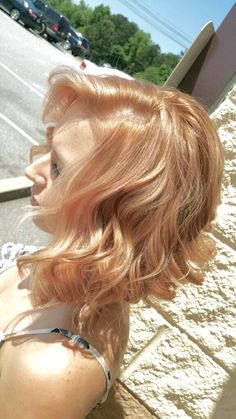 Dusted Strawberry Blonde/Rose Gold Swing Bob