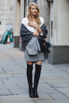 Overknees & cape   black overknee boots