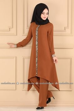 Tesettür Kombin - Elbise Kombin - Tesettür Kombin İstanbul Girls Fashion Clothes, Girl Fashion, Fashion Outfits, Clothes For Women, Woman Clothing, Abaya Fashion, Muslim Fashion, Modest Fashion, Modest Wear