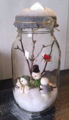 Snow Globe Mason Jar, Diy Snow Globe, Christmas Mason Jars, Diy Christmas Ornaments, Diy Christmas Gifts, Christmas Projects, Handmade Christmas, Ornaments Design, Snowman Ornaments