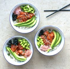 sushi bowl brown rice healthy gluten free salmon sashimi edamame avocado soy soya beans seaweed poke bowl raw fish