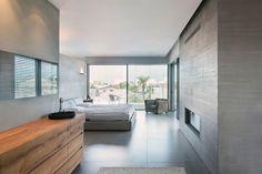 Smooth finish versus combed pattern. Concrete micro topping all around the bedroom. Clean and serene.  #Concrete #Concreteart #Architecture #Art #Craft #Texture #Interior #Pattern #Minimal #Design #Interiordesign #Artstudio #Concretebedroom