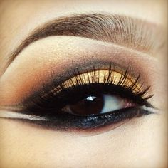 Egyptian inspired eyeballs! // goldmine on the lid // brownscript and orabge on the crease // carbon on the inner cut crease ✨ - @pala_foxxia