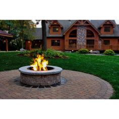 Stone Fire Pit Kit, Wood Fire Pit, Concrete Fire Pits, Diy Fire Pit, Natural Gas Outdoor Fireplace, Outdoor Fireplaces, Fire Pit Landscaping, Garden Landscaping, Fire Pit Materials
