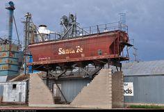 RailPictures.Net Photo: ATSF 307178 Atchison, Topeka & Santa Fe (ATSF) Covered Hopper at La Junta, Colorado by Frank Orona