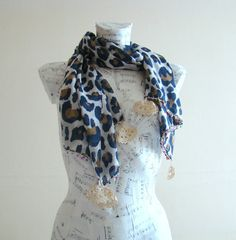 A lightweight leopard scarf with flower design is an essential accessory for summer and spring season. Add the final flourish to your outfit with a gorgeous cotton rectangular scarf that you can use as as a pareo, shawl, cowboy bandana, or draped around the neck.  Size : Measures approx 80cm x 170cm  Care : Machine washable at 30 degree, cool iron, do not bleach! I always advice to hand wash for hand made item to last long.  Ready for shipping from pet and smoke free home…