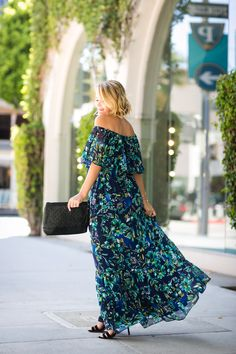 Gorgeous off-the-shoulder maxi dress for a wedding or summer occasion - The Style Editrix