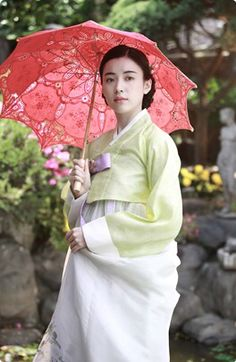 Han Hyo-Ju  한효주 // Korean movie / 해어화 / 解語花 / Love, Lies/  the  story of two gisaeng's love, friendship  and breaking off relations.