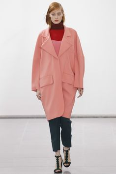 Issa Autumn/Winter 2014. Oversized coat. Dropped shoulder seams.
