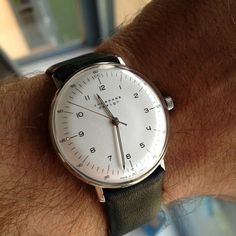 Simple Watches, Stylish Watches, Watches For Men, Max Bill, Junghans, Authentic Watches, Watches Photography, Mens Essentials, Vintage Watches