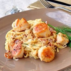 Pan Seared Scallops with Fettuccine in Bacon Fennel Cream Sauce The most popular pan seared scallops with bacon recipe ever on Rock Recipes. Folks just love the luscious bacon cream sauce. A great romantic dinner for Rock Recipes, Bacon Recipes, Fish Recipes, Seafood Recipes, Pasta Recipes, Cooking Recipes, Healthy Recipes, Recipies, Fudge Recipes