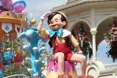 Disney Festival of Fantasy Parade jigsaw puzzle