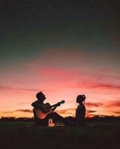 Combinación perfecta: música, atardecer y tu amor...