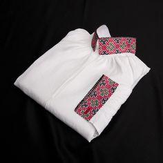 Skjorte brodert med smøyg-søm til Vest-Telemark herrebunad Going Out Of Business, Vest, Ethnic, My Love, Places, Fashion, Embroidery, Moda, La Mode
