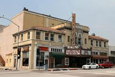 The Rialto Theatre is one of a dwindling handful of Pasadena's grand theatres from the early 20th century.  Fortunately, it is also one of the best preserved. The Rialto Theatre is at 1019-1023 Fair Oaks Ave. in South Pasadena, CA.  It ceased regular movie showings some years ago, and now hosts only special events or screenings.