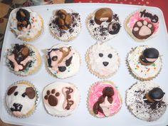 Cat and dog (Ninja's too) cupcakes by HiLi.