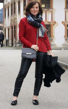 Annette from Lady of Style loves a mix of classic and current.