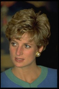 Diana's Pearl Earrings