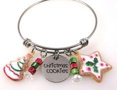 Christmas Cookies Bracelet - Christmas Bangle - Cookies Charms - Gingerbread Cookies, Baking Cookies, Christmas Jewelry,  Sugar Cookies Christmas Cookies, Charms, Trending Outfits, Unique Jewelry, Bracelets, Handmade Gifts, Etsy, Vintage, Fashion