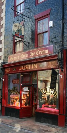 Justin's Chocolatier in Whitby, England ....by Mark Walker  Oh yes. Best fudge ever!