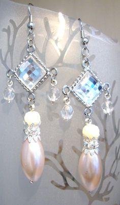 Epla er et nettsted for kjøp og salg av håndlagde og andre unike ting! Pearl Earrings, Pearls, Jewelry, Fashion, Moda, Pearl Studs, Jewlery, Jewerly, Fashion Styles