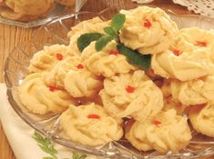 If you are looking for awesome Resep Kue Ketawa Keju cooking tutotial you've come to the right place. Baking Recipes, Dessert Recipes, Healthy Recipes, Prawn Noodle Recipes, Cokies Recipes, Bolu Cake, Indonesian Cuisine, Traditional Cakes, Unique Cakes