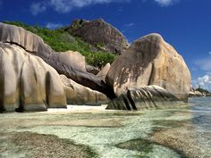 North of Madagascar, off Africa's east coast, are the 115 islands of the Seychelles. The Indian Ocean paradise hosts many sun-loving tourists who fuel its economic engines.