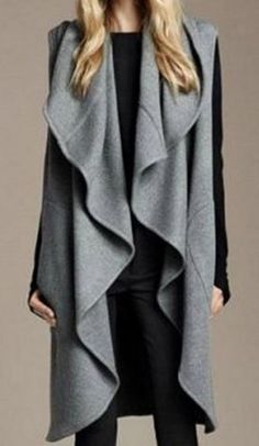 Looks I LOVE! Grey and Black Stylish Sleeveless Ruffled Solid Color Coat #Grey #Black #Layered #Fall #Fashion #Outfit #Ideas