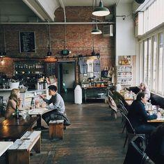 Stumptown Coffee Roasters in Seattle / photo by Ian Pratt #CoffeeShops