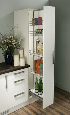 Pull Out Larder Unit, Chrome Linear Wire Baskets, Centre Mounting, Soft Closing - Häfele U.K. Shop