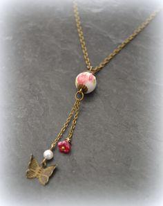 """Collier Liberty """"Nina"""" rose et papillon : Collier par lounath-fantaisie-et-liberty"""