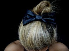 updo with bow