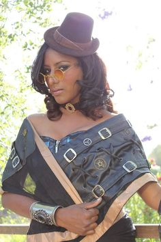 Thanks Steampunk India for sharing this pic: a preview of a steampunk saree designed by Sunny Kalara (of Saree Dreams) and modeled by Indrani Kopal.