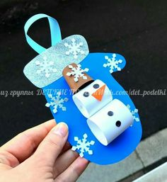 holiday crafts for kids ДЕТСКИЕ ПОДЕЛКИ Easy Christmas Crafts, Christmas Crafts For Kids, Kids Christmas, Christmas Ornaments, Homemade Christmas, Winter Activities, Christmas Activities, Activities For Kids, Toddler Crafts