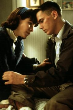Lili Taylor/River Phoenix, Dogfight (1991) Directed by Nancy Savoca