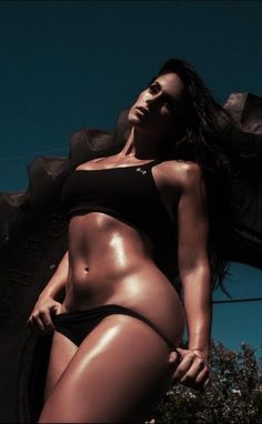 Beautiful nude women sweeting