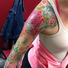 if i were to get a sleeve, i'd want a beautiful one like this, lots of color and pretty flowers!