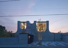 Photograph: Kouji Okamoto. JuuL House / NKS Architects / 2012