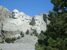 Mt. Rushmore (closer)